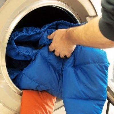 Особенности услуги химчистки пуховых курток (пуховиков)